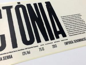Paper / cmyk / vernís UV mat